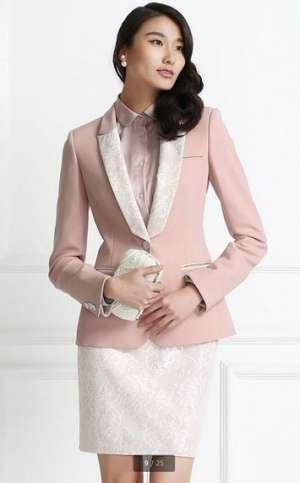 蕾丝领女西服